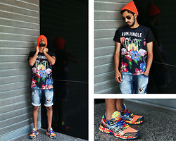 Mohcine Aoki - Rumjungle Web Flamingo, Zealotries Orange Hat, Zara, Asics Gel T306n - This is Summer, Let's enjoy it
