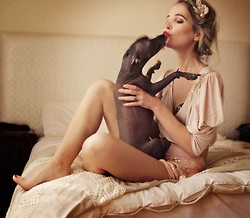 Nadja Nortje - Vintage Vices, Chic Wish Chicwish - Puppy Love