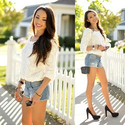 Jessica R. - Lookbookstore Top, Hollister Shorts - White Roses