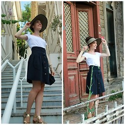 Aysegul G. - Skirt, Hat - Less is more!