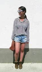 Ivana Sekuloska - Zara Sunglasses, Koton Shirt, Pull & Bear Ripped Shorts, Pull & Bear Wedge Sneakers, H&M Bag - Stripy Saturday