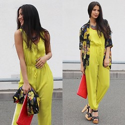 Nadine Benyakoub -  - YELLOW IS THE NEW BLACK