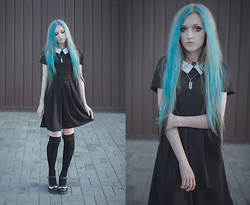 Anya Anti - Ebay.Com Witch Peter Pen Collar Black Dress, Dr. Martens Mary Jane Shoes - Smth old, smth new, smth borrowed, smth blue