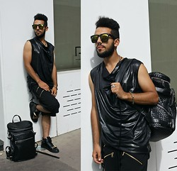 Khalil Alaoui - Choies Sunglasses, Guylook Tank, Guylook Short, Zealotries Sneaker, Guylook Backpack - I ONLY LOVE IT IF IT'S B&B