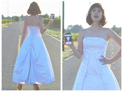 Amy Roiland - Made By My Friend Wedding Dress And Groom Coffee - I married Mr Cup O Joe