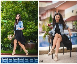 Andreea Manole - Dressvenus Jacket, Martofchina Dress, Amiclubwear Sandals - Denim&black