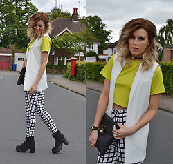 Anna - Missguided Trousers, Missguided Top, Missguided Blazer, Asos Bag, Missguided Shoes - Checks and neon