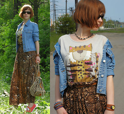 "Galina ""Mossska"" Pokhyla - Atmosphere Printed Maxi Skirt, Next Kitty Print T Shirt, Dorothy Perkins Denim Jacket, Ebay Wrap Beaded Braclet - #70 Kitty cat"