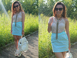 Michelle Erica M. - Trifted Crochet Halter Neck, Primark Tribal Necklace, Handmade By Me Diy Gingham Daisy Skirt, Accessorize Backpack, Ebay Sandals - There are cracks appearing