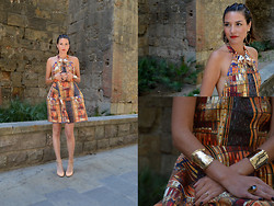 Isabella Pozzi - H&M Printed Dress, H&M Armcuff - Pattern Magic