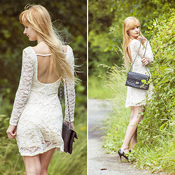 Charmeuse - 6ks Lace Backless Dress - Heaven knows this is a heartland