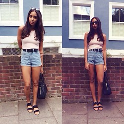 Arlissa Ruppert - Whistles Crop Top, American Apparel Shorts, Asos Sandals, Whistles Bag - Dreamy
