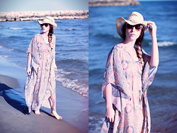 Alexe Bec - H&M Beach Dress, H&M Beach Hat - Sunset on the beach