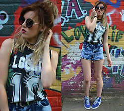 Anna - Topshop Basketball Vest, Topshop Denim Shorts, Nike Blazers, New Look Sunglasses - Tropical sport