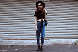 Vu Thien - Young Hungry Free Top, Blackfive High Jeans, T.U.K Creepers, Lovelywholesale Sunglasses - NO MORE DREAMING