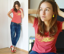 Veronika T - Zara Jeans - LIKE IT!