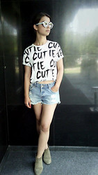Ivana Sekuloska - Littlebig Crop T Shirt, Pull & Bear Denim Shorts, Mango Anckle Boots, Zara Sunglasses - Cutie