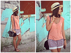 She Wears -  - Summer look