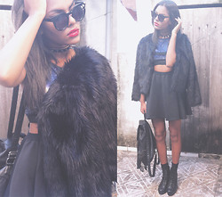Valeska Mitrano - Choies Faux Fur Coat In Black, Zerouv Retro P3 Round Angled Circle Flat Cat Eye Sunglasses , Cut Out High Waisted Black Skirt With Shoulders Straps - ☾COSMIC LOVE☽