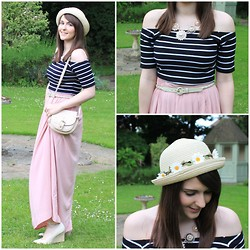 Gabby P. - New Look Daisy Bowler Hat, American Apparel Unisex Rope Belt, New Look Flower Necklace, Topshop Striped Bardot Top, New Look Pink Maxi Skirt, Primark Bag, New Look Newlook Wedges - Summer Day Look!