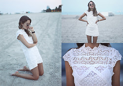 Sonya Esman - Lace Dress, Ray Ban Round Ray Bans - Laced in Miami.