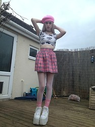 Laura King - Ebay Beret, O Mighty Weekend Anime Eyes Crop Tee, Glitters For Dinner Pink As If Skirt, Yru Qozmo Hi - New Age Cher