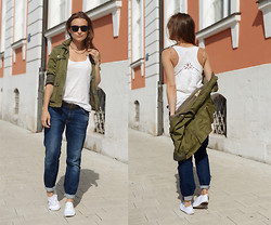 Veronika T - Zara Jeans, New Yorker T Shirt, H&M Sneackers, H&M Jewellery, Zolla Jacket - STREET STYLE ... Cro – Never Cro up