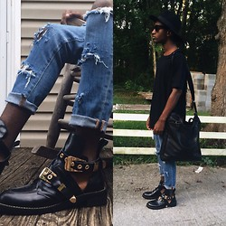 DeAndré Green -  - Cut out boots