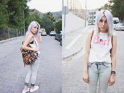 Tugce Aybars - Barf Vest, Moon Necklace, Lacoste, Pull & Bear High Waisted Pants - Barf