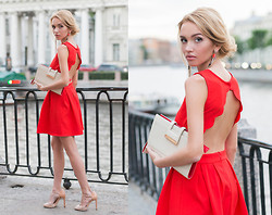 Darya Yakovleva - Sheinside Dress, Zara Shoes, Warehouse Clutch - Backless