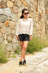 Anshal -  - White and leather