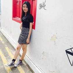 Jolene Cheng - Topshop Black Basic Crop, Stripes Monochrome Skirt - Stick to 2