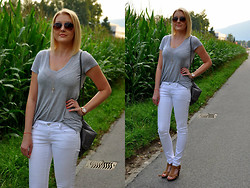 Sara Zgrzebniak - H&M T Shirt, Mango Pants - Stay simple