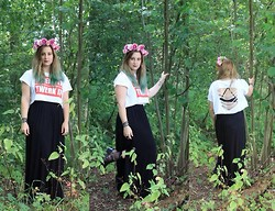 Kimberley Sacré - Homemade Flower Crown, H&M Twerk It Crop Top, River Island Maxi Skirt, River Island Jelly Shoes, Urban Outfitters Sheer Lace Trim Pop Socks, American Apparel Triangle Cross Back Bra - Enchanted Forest