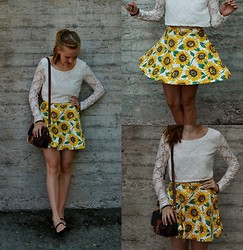 Annie Laurelle - American Apparel Sunflower Skater Skirt - I love sunflowers