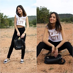 Laura Pla Cataluña - Yatt Clothing T Shirt, Zara Black Jeans, I Am Bag, Vans Leopard Sneakers - Leopard print