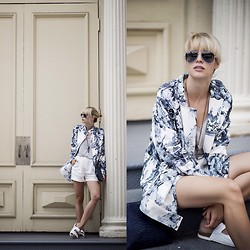Lisa Dengler -  - SUMMER FAVOURITES