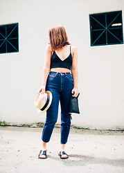 Jenaly Enns - H&M Pin Stripe Bralette, American Apparel High Rise Jeans, H&M Cross Strap Sandals, H&M Straw Fedora - Mom Jeans