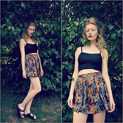 Philippa Nilsson - H&M Top, Beyond Retro Skirt, Dobble Flats - Green Dream