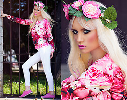 Oksana Orehhova - Sheinside Sweatshirt, Zara Leggings, Boohoo Floral Crown - PINK FLOWER