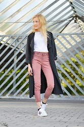 Julia A. - H&M Coat, Topman Cropped T Shirt, Topshop High Waist Jeans, Adidas Sneakers - Coature