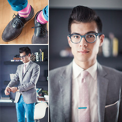 Chris Nicholas - Mont Peller Turquoise Tie Bar, Blackbird Cherry Blossom Polka Dot, Indochino Gray Blazer, Cole Haan Gray Suede Saddles, Topman Turquoise Chinos, Warby Parker Duckworth In Marine Slate - Summer Wedding 2