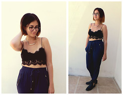 Chelsea Street - Primark Gold Necklace, Topshop Lace Bralet, New Look Drawstring Trousers, Ebay Cut Out Boots, Firmoo Glasses - 11/08/2014