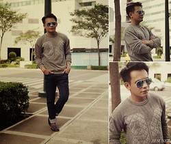Bibo Bayona - Forever 21 Sweater, Ray Ban Eyewear, Folded & Hung Slim Fit Jeans, Payless Slip On - Roaming Fort Strip