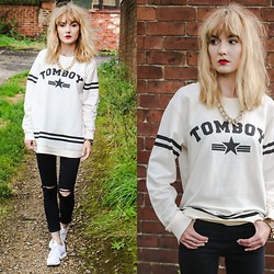 Amy Liddell - Topshop Jeans, Selected Jumper - Tomboy