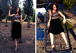 Elena אלנה - H&M Skirt, Bershka Top With Flower Print, Vintage Shoes From My Mom - Deserted place.