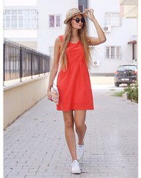 Lill Christin M - Mia Dress, Converse Shoes, Rosenvinge Clutch, H&M Hat - Red dress