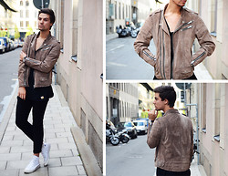 Jakob Andersson - Jofama Suede Jacket, H&M Jeans, Converse, About Knowing Ed T Shirt - SUEDE