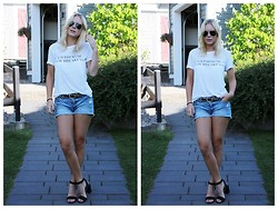 Stina Mattsson - Bikbok Tee, H&M Shorts, Vila Stud Belt, Din Sko Heels - CHAMPAGNE FOR BREAKFAST