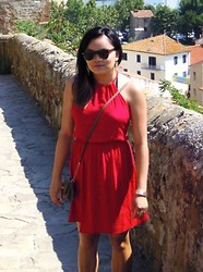 Margot Peters - Avance Sunglassesss, Forever 21 Red Summer Dress - Castiglione della Pescaia